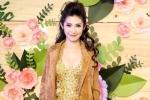 Khổng Tú Quỳnh diện trang phục cắt xẻ táo bạo, khoe đường cong nóng bỏng