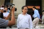 Video: Xưng nhân viên Ngân hàng Nhà nước, phản ứng tháo gỡ vọng gác lấn chiếm vỉa hè
