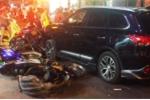 Video: Ô tô 7 chỗ tông hàng loạt xe máy ở TP.HCM