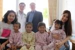 Ngô Thanh Vân, Diễm My 9X giản dị đến thăm bệnh nhi mổ tim