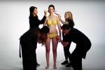 Chiêm ngưỡng 100 năm lịch sử áo tắm phụ nữ qua nghệ thuật vẽ trên cơ thể