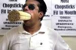 Kỷ lục ngậm hơn 1.000 ống hút của người đàn ông miệng rộng nhất thế giới