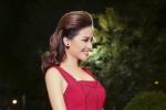 Dương Hoàng Yến lộng lẫy với sắc đỏ tại VTV Awards
