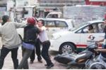 Hai thanh niên ẩu đả sau va chạm giao thông, 1 người bị đâm trọng thương
