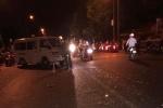 Băng qua đường, người đàn ông bị xe cấp cứu tông chết