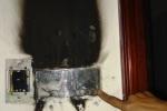 Bố 'bé gái gây cháy' không dám mặc đẹp vì sợ...cháy