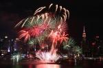 Video: Thế giới rực rỡ pháo hoa đón năm mới Mậu Tuất