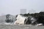 Hải Phòng, Quảng Ninh dừng mọi cuộc họp, căng mình chống bão số 7 Sarika