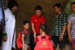 Quang Hải tặng quà cho trẻ em khó khăn tại Phú Thọ