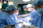 Lần đầu tiên Việt Nam phẫu thuật lồng ngực có sử dụng máy tim phổi nhân tạo