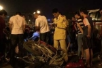 Khởi tố vụ taxi đâm hàng loạt xe máy trên cầu vượt Thái Hà