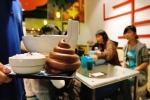 Video: Nhà hàng 'bá đạo' phục vụ đồ ăn hình chất thải hút khách ở Đài Loan