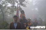 Nghìn người băng rừng, vượt núi đổ về thánh địa Phật giáo Trúc Lâm ngày khai hội