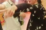 Mua ve xem phim cung moi nguoi, Hari Won bi Tran Thanh va ban be 'vui dap' khong thuong tiec hinh anh 2