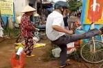Cán bộ dẹp vỉa hè đá tung hàng hóa của dân ở Đắk Lắk: Lãnh đạo xã nói gì?