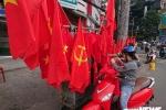 Ảnh: Sắc màu cờ đỏ sao vàng tràn ngập phố phường cổ vũ U23 Việt Nam