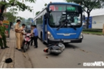 Xe máy ngược chiều đối đầu xe buýt, người phụ nữ nguy kịch