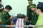 Video: Giấu 3.200 viên hồng phiến trong người, bị bắt tại cửa khẩu