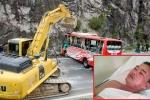 Tài xế xe khách bị lật trên đèo: 'Đánh lái hướng núi để khỏi văng xuống vực là phương án tối ưu'