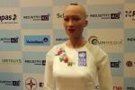 Clip: Khán giả Việt Nam khiến robot Sophia ngơ ngác