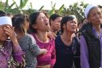 Dòng người khóc thương đón thi thể bé gái Việt bị sát hại ở Nhật Bản về quê nhà