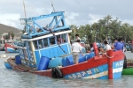 Tàu cá của ngư dân Quảng Ngãi bị chìm trên biển Hoàng Sa