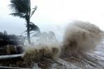 Tin mới nhất bão số 10 sẽ đổ bộ đất liền sáng mai (15/9): Vùng gần tâm bão gió giật cấp 15