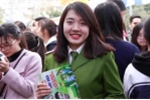 Gặp nữ thủ khoa Học viện Cảnh sát xinh đẹp trong ngày hội tư vấn tuyển sinh