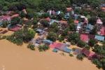Lũ lên nhanh, hàng trăm nhà ven sông Mã, Thanh Hoá bị nhấn chìm