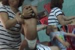 Khởi tố vụ án bảo mẫu bóp đầu, tát trẻ dã man ở Đà Nẵng