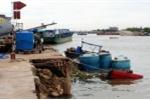 Thuyền thủng đáy, 26 tấn hóa chất chìm xuống sông Đồng Nai