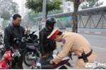 Xử phạt chủ xe không mang giấy tờ gốc: 'Rất nguy hiểm'