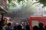 Ba phụ nữ thoát thoát chết trong căn nhà bán vàng mã cháy đùng đùng