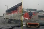 Công an xác minh thông tin tài xế taxi 'hôi của' xe tải gặp nạn rồi bỏ chạy