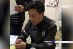 Video: Tạm giữ hình sự bố ruột bạo hành con trai 10 tuổi rạn sọ não, gãy xương sườn