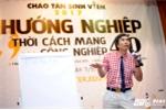 TS Lê Thẩm Dương: 'Sinh viên phải tự hướng nghiệp, ai khôn thì người đó sống'