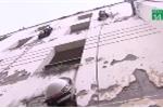 Tròn mắt xem những 'bóng hồng' trèo tường, đu dây cứu người giữa Thủ đô