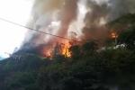 Cháy lớn quán cà phê trên đường Phan Kế Bính, Ba Đình, Hà Nội