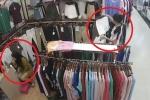 Clip: Nhân viên mải mê trang điểm, khách nữ vào cửa hàng trộm quần áo dễ như bỡn