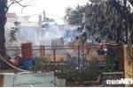 Cháy dữ dội nhà xưởng ở Bình Dương: Có người bỏ nhà cửa, ôm con nhỏ bỏ chạy thoát thân