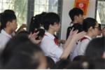 Học sinh khiếm thính Hà Nội hát Quốc ca bằng tay trong lễ khai giảng