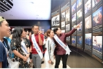 Trước đêm chung kết, thí sinh cuộc thi 'Tiếng hát ASEAN+3' tham quan Bảo tàng Quảng Ninh