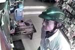 Hai thanh niên dàn cảnh mua đồ, trộm điện thoại của nhân viên bán hàng
