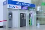 Hội thẻ Ngân hàng Việt Nam: Tăng phí rút tiền ATM lên 10.000 đồng, ngân hàng mới hết lỗ