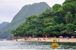 Va chạm sà lan trên vịnh Hạ Long, tàu du lịch chở 31 khách nước ngoài bị chìm