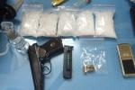 Bắt nhóm người tàng trữ trái phép chất ma túy, vũ khí quân dụng