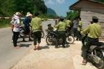Kẻ côn đồ lái thẳng xe vào trụ sở gây gổ, đánh bị thương hạt trưởng kiểm lâm ở Quảng Bình