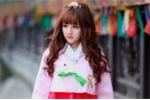 Hot girl Hà Tĩnh xinh đẹp trong trang phục Hanbok khiến bao chàng trai mê mẩn