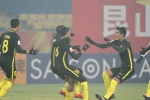 Thắng U23 Ả Rập Xê Út, U23 Malaysia chờ U23 Việt Nam ở tứ kết