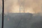 Nắng nóng, cháy rừng, nước sông cạn buộc EVN phải 'cắt điện' ở nhiều nơi